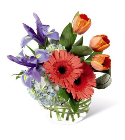 The FTD¨ Bountiful Beautyª Bouquet